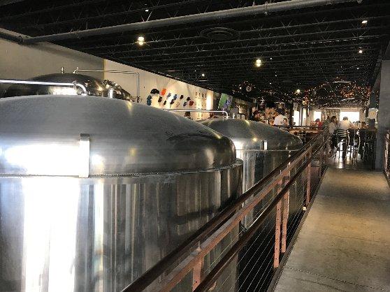 サンディエゴの地ビール工場の風景