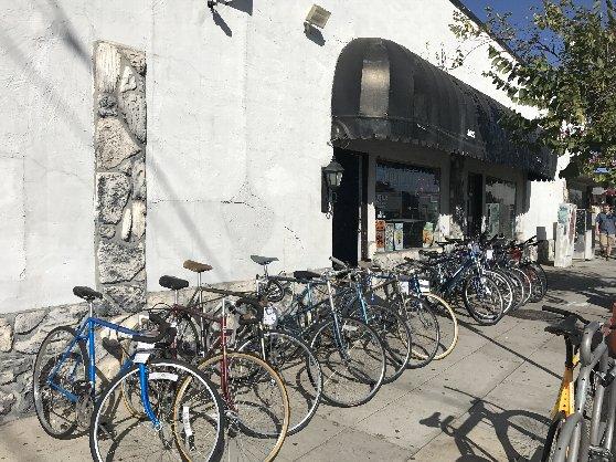 自転車置き場の風景